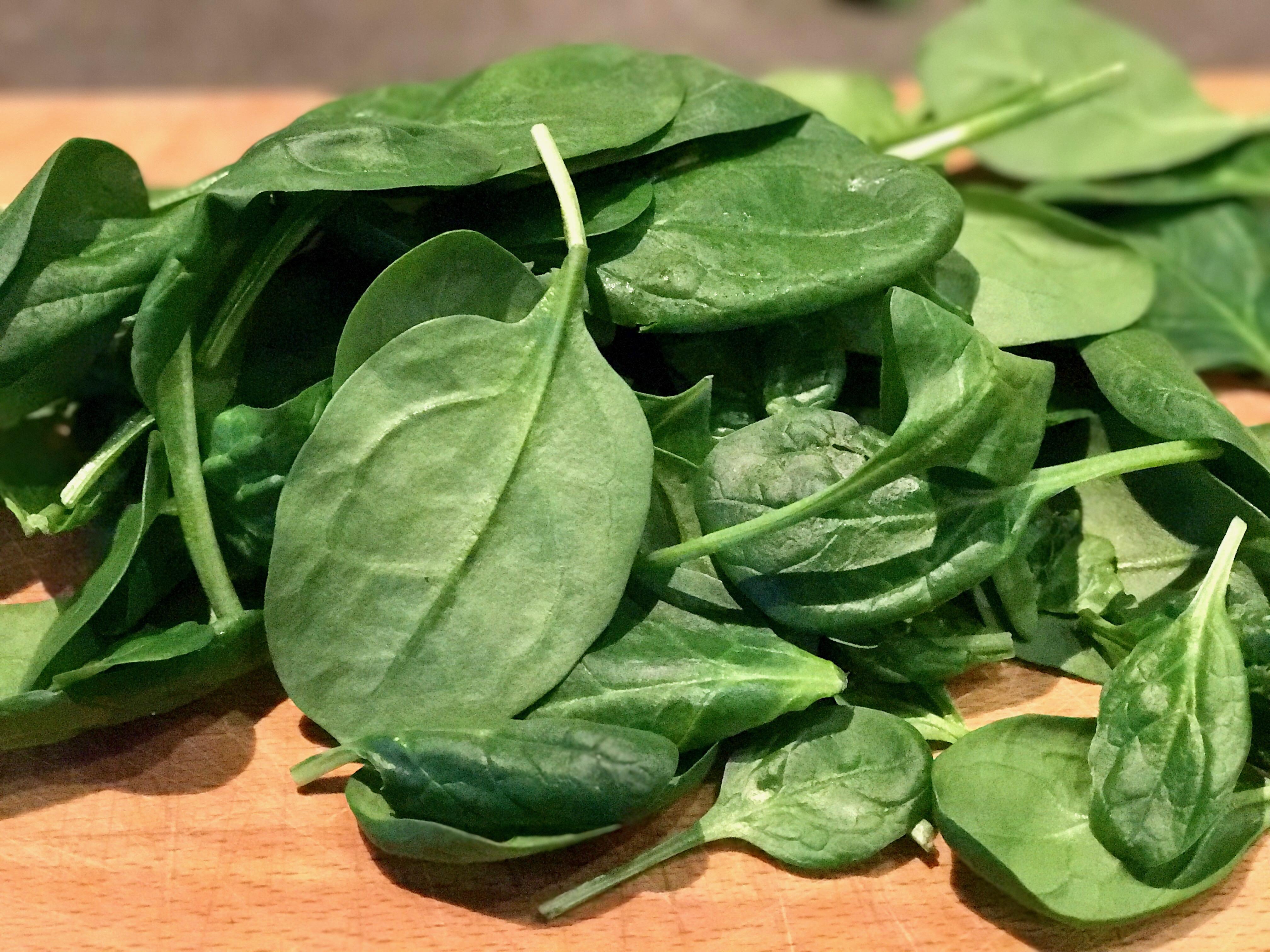 frischer-spinat