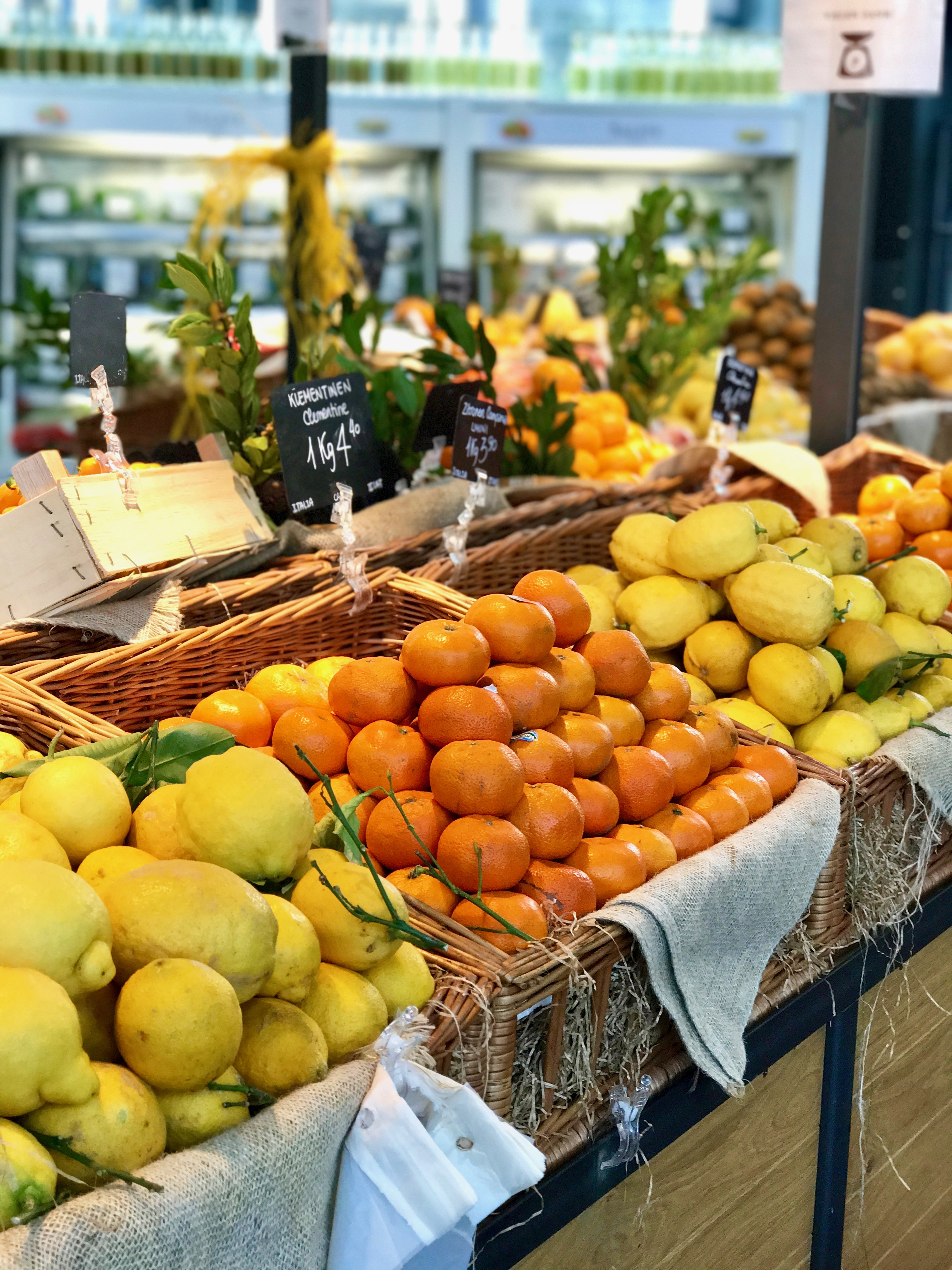 Eataly Obststand
